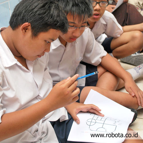 Lomba maze solving robot