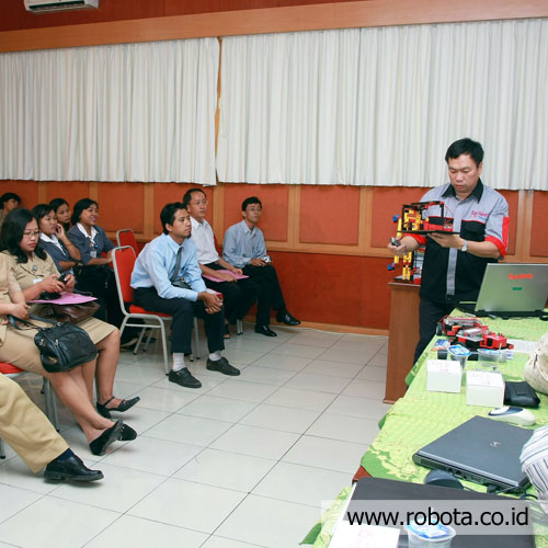 Seminar Pendidikan Robotika