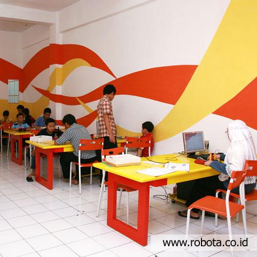 Tempat Kursus Robot