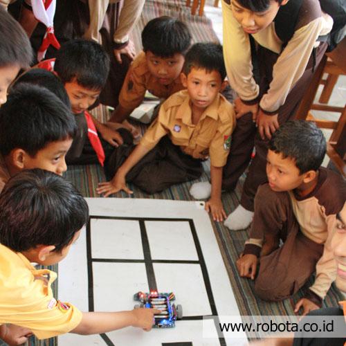 Waralaba Sekolah Robot