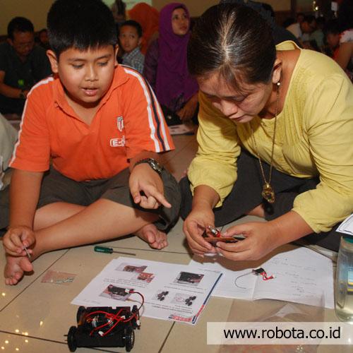 Workshop Belajar Bareng Bikin Robot Obstacle
