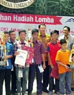 Kontes Robot Juara Lomba Internasional PKP Islamic School International Robotic Games 2016