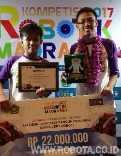 Kontes Robot Madrasah 2017 Juara 1 Kategori Rancang Bangun Mekanika