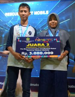 Kompetisi Robotik Madrasah 2018 MTsN 7 Sragen Juara 2
